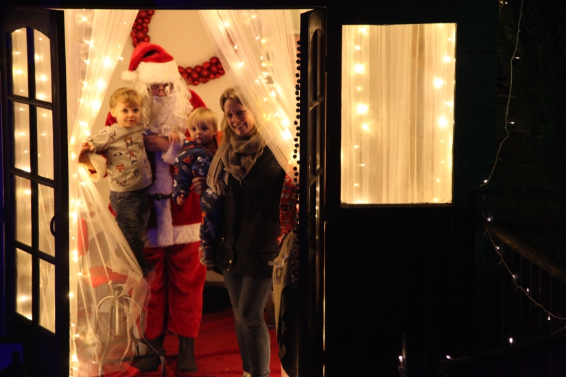 Issue #1 - Santa Grotto -  IMG_0301.JPG